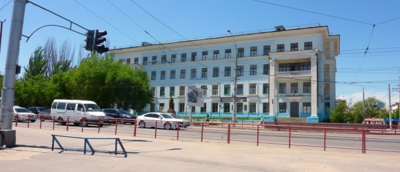 Школа 3 в тракторозаводском районе Волгограда