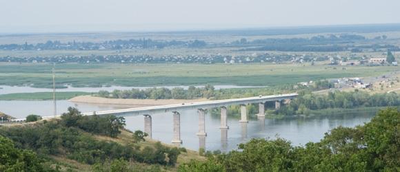 Мост через р.Дон в районе Калач-на-Дону