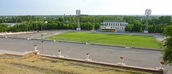 Центральный стадион  им.Логинова в Волжском