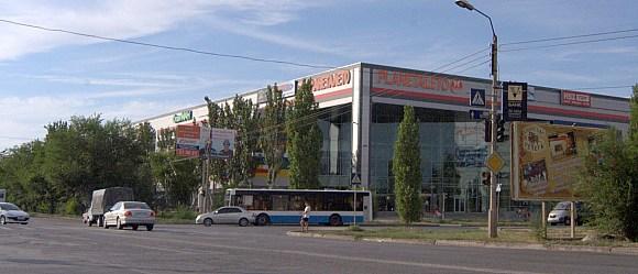Торгово-развлекательный комплекс «ПланетаЛето» включает ледовый каток