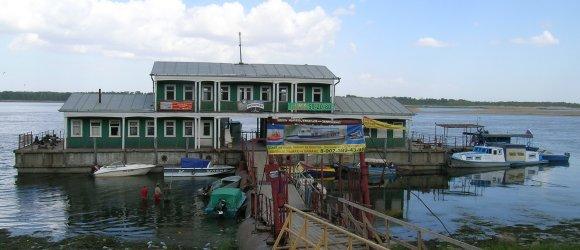 Волгоград, Краноармейский район, пристань-переправа на остров Сарпинский.