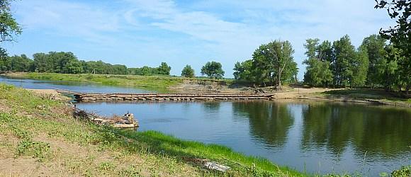 Сезонный понтонный мост через р. Ахтуба в районе с.Царев